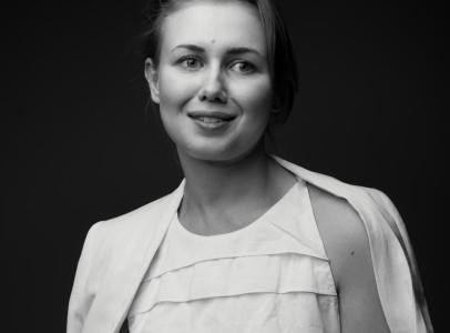 Виктория дерюгина селфи девушки на работе в офисе